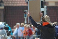 With no radios, the Dutch resort to old school timing whiteboards