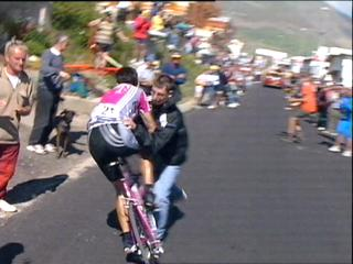 Close Encounters – Crashes with Spectators in Pro Cycling