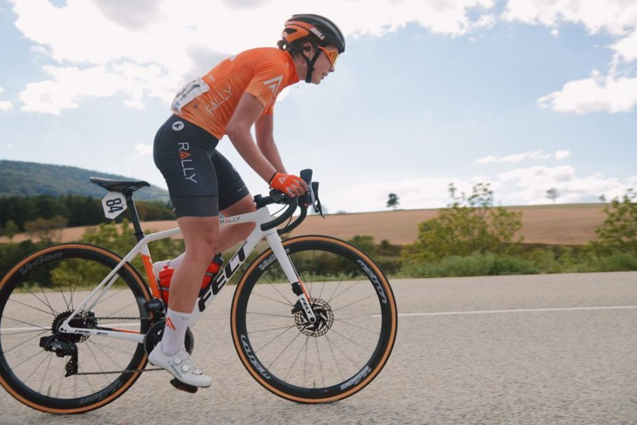 Doebel-Hickok summits for seventh in Mont-Lozère