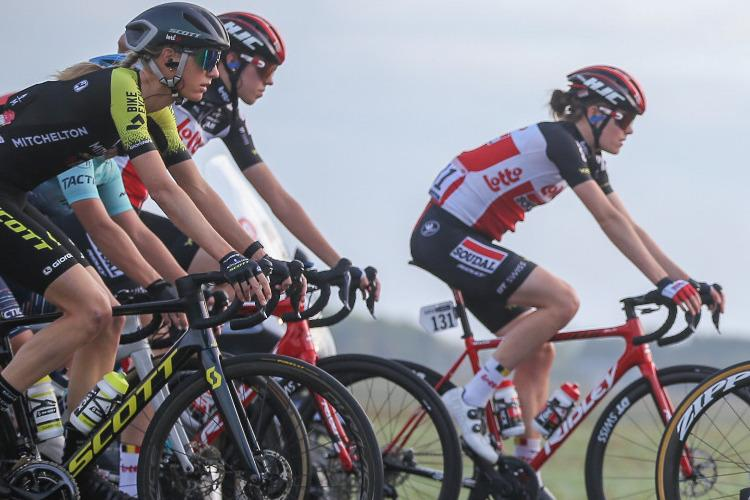 Kennedy and Brown in the mix at Flèche Wallonne