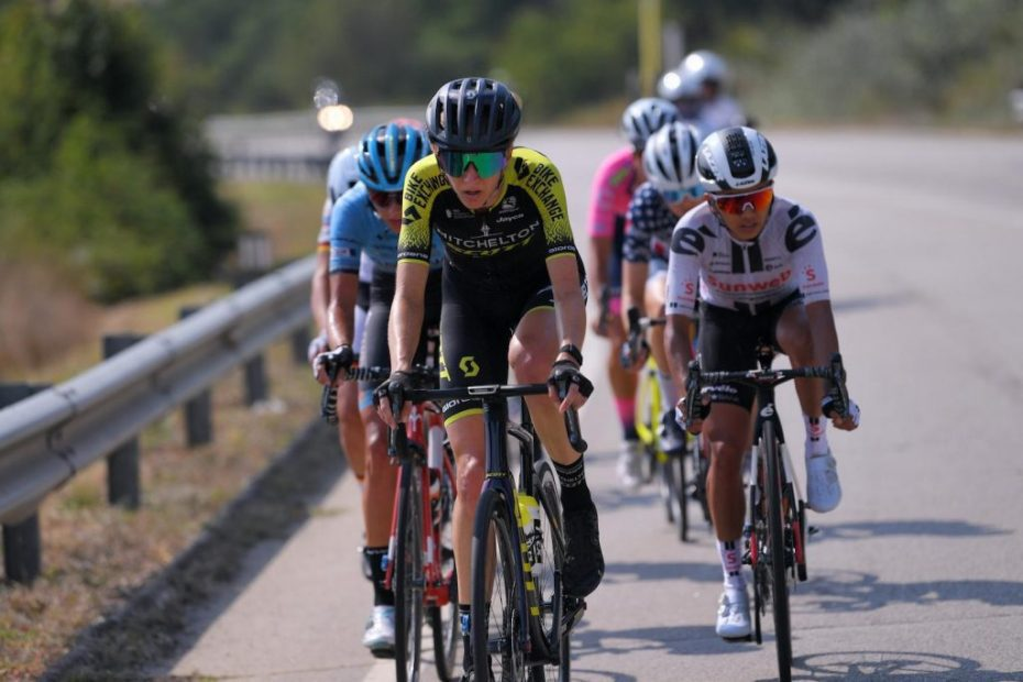 Kennedy goes on the attack on stage eight of the Giro Rosa