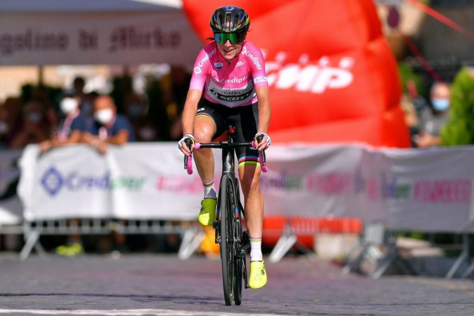 Van Vleuten extends Giro Rosa race lead with late attack on stage four