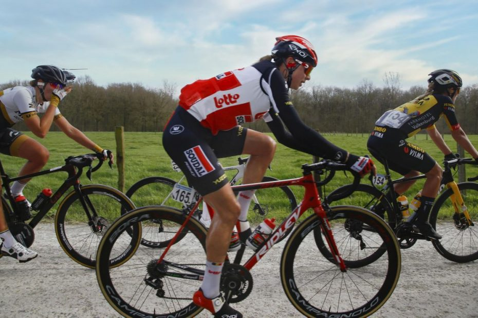 Sports director Annelies Dom talks about the spring season of the Lotto Soudal Ladies