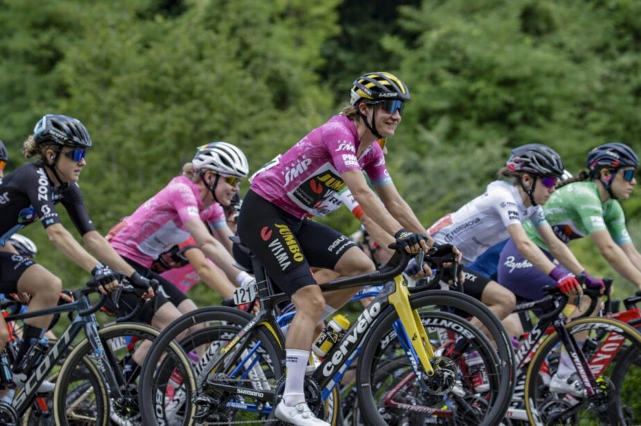 Vos rides to a new place of honour in eighth stage of the Giro