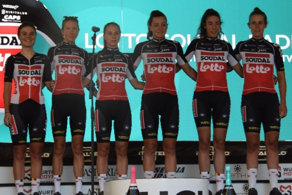 Hanna Nilsson at the start of the Giro one week after collarbone fracture