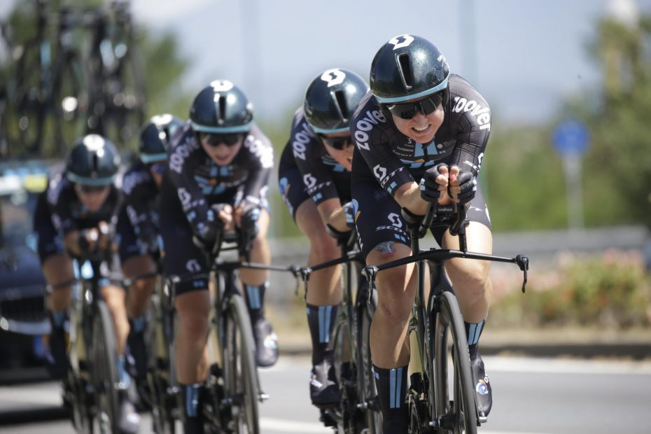Team DSM claim 9th place in opening TTT at Giro Donne
